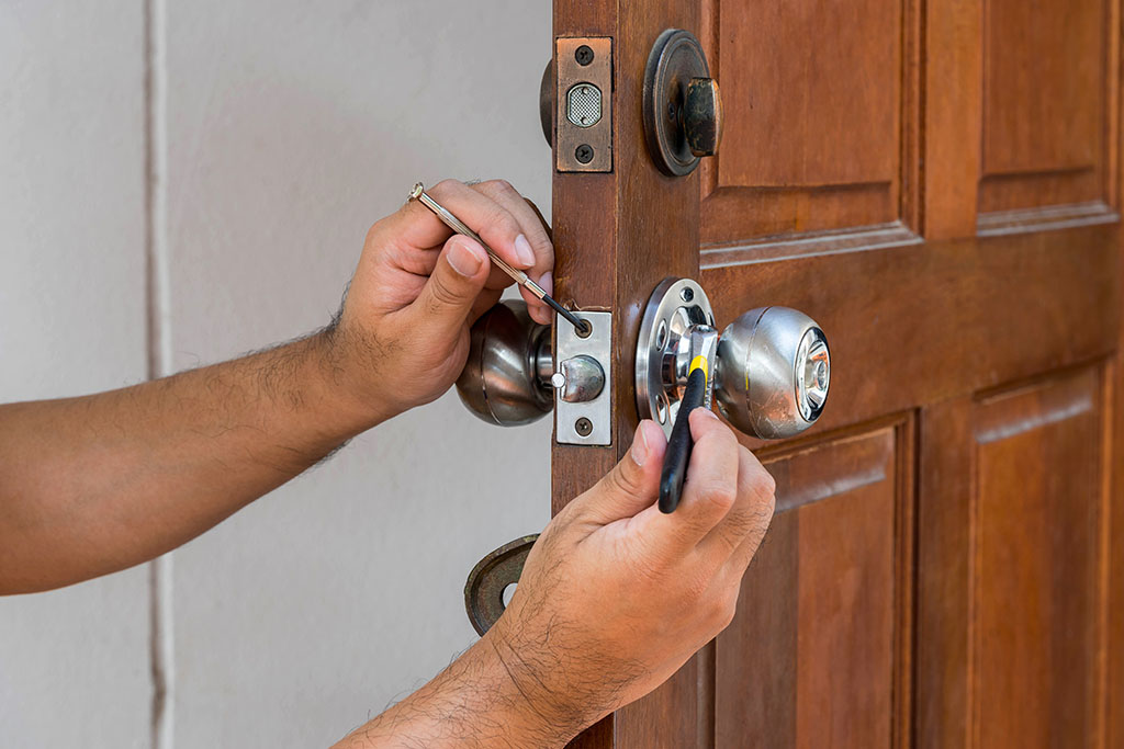 emergency locksmith, window locks